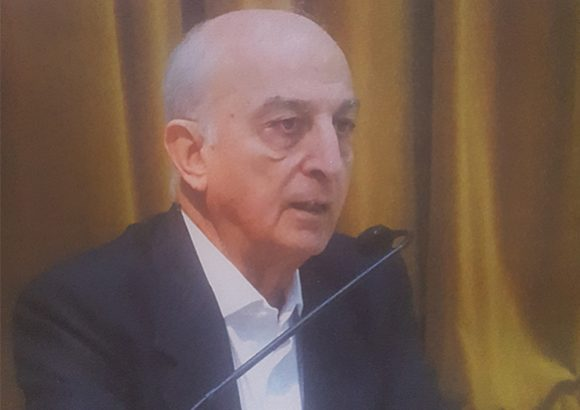 Mr. V.K. Shunglu (Chairman)